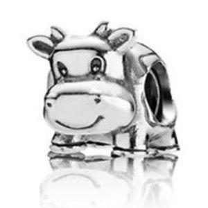 Pandora *retired* Cow Charm
